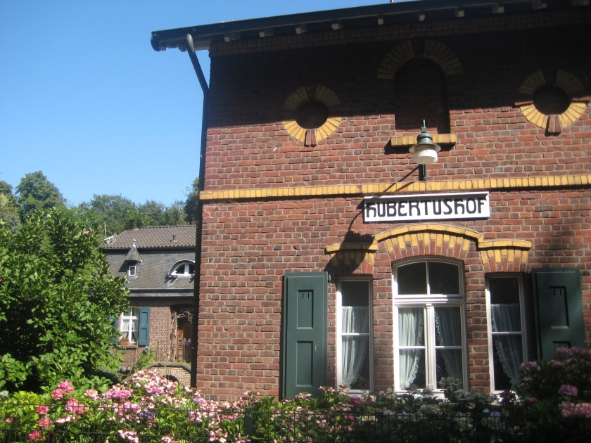 Hubertushof – Hülser Bruch – Krefeld-Hülser Berg – WanderBlog